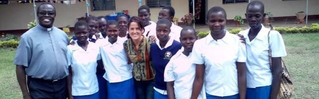 Carmen Aranda explica cómo se sintió llamada a servir como misionera comboniana laica en África... y encontrar nuevos rostros de Dios