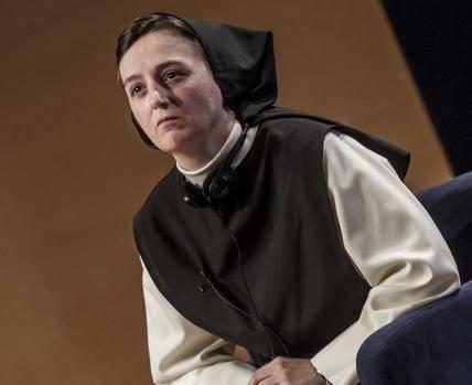 Rosa Ana Izquierdo es religiosa cisterciense, hospedera, maestra de novicias y también bloguera