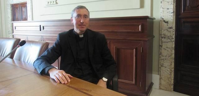 El sacerdote Pablo Requena, médico y doctor en Teología, es el representante vaticano en la Asamblea Médica Mundial