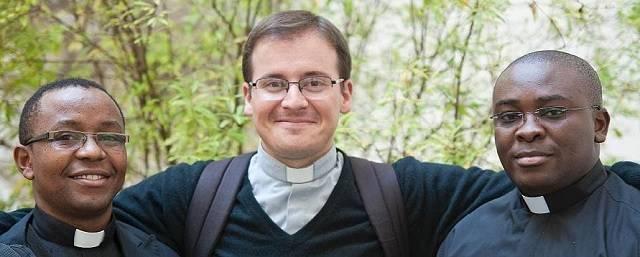 La campaña de oración organizada por la Fundación CARF pretende apoyar a los sacerdotes en su difícil misión