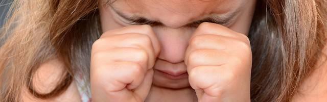 Las cifras de niñas atacadas sexualmente por niños de su edad o poco mayores que ellas se ha disparado con la generalización del consumo de pornografía, al que los menores tienen cada vez mayor y más sencillo acceso.