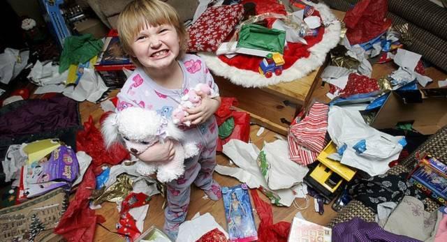 En estas fechas los niños reciben múltiples regalos en sus casas y también en otras de sus familiares