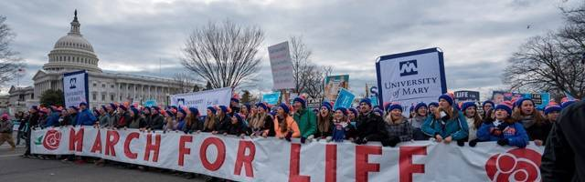 La Marcha por la Vida de Washington reune cada mes de enero entre cien mil y doscientos mil personas, aunque la prensa generalista trata de ocultar las imágenes y la noticia