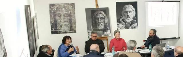 Daniela di Sarra presentó este viernes su libro sobre Bernini y la Sábana Santa. Foto: Carmelo Daniele / Roma Daily News.