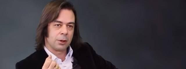 Ricardo Franco es actualmente director editorial de Freshbook