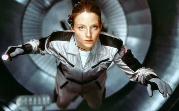Jodie Foster, una científica escéptica en «Contact» (1997), de Robert Zemeckis.