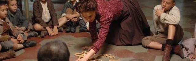Una escena de la película italiana de 2007 sobre María Montessori, la gran pedagoga católica cuya metodología siguen aplicando muchas escuelas