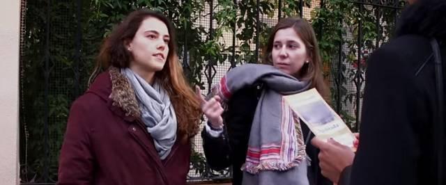 Los rescatadores ofrecen ayuda y escucha a las mujeres que van a abortar