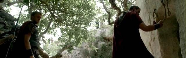 En la película Risen, de 2016, un oficial romano examina los sellos de la tumba de Cristo y se pregunta qué ha pasado... y la pregunta sigue planteándose hoy