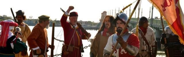 Actores en una recreación histórica en San Agustín de la Florida... representando la llegada de Menéndez de Avilés