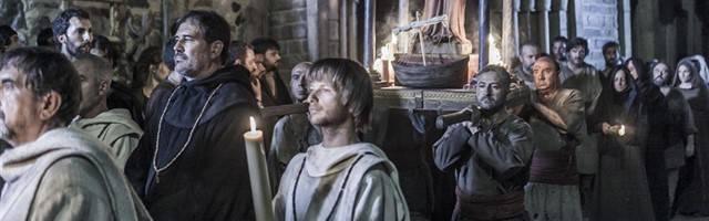 Una escena de la teleserie española La Catedral del Mar... según parece, el obispo Ponç en 1303 realizó la primera visita pastoral de la diócesis