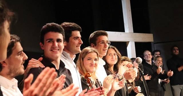 """Hakuna presentó en un abarrotado teatro en la Gran Vía de Madrid su nuevo disco """"Pasión"""""""