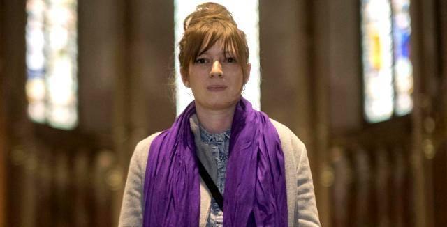 Pauline, a los 29 años, francesa educada sin ningún contacto con la fe, se bautizó esta Pascua en Bruselas
