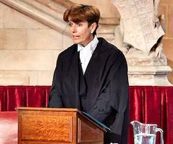 Nathalie Lieven es juez especializada en asuntos familiares ordena aborto