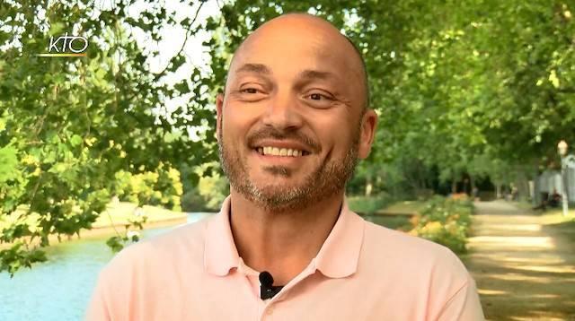 «Ya no puedo fallarle. Jesús es mi amigo para toda la vida», celebra ahora Ludovic.