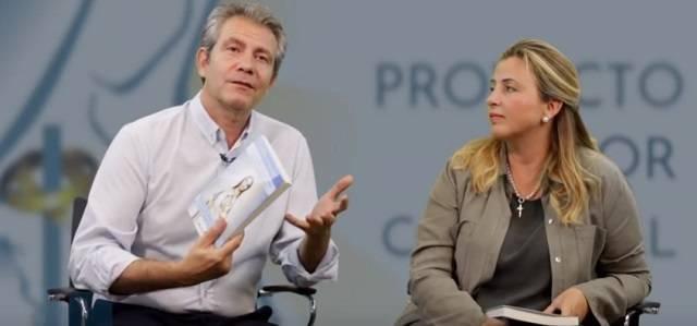 José Luis Gadea y Magüi Gálvez, autores del libro, son además los iniciadores del Proyecto Amor Conyugal