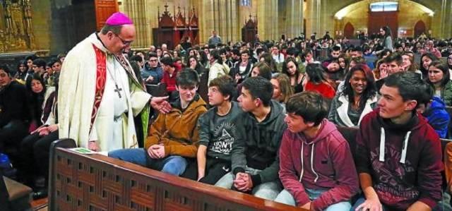 El obispo de San Sebastián apuesta por una cristianización del mundo y no una mundanización de la Iglesia