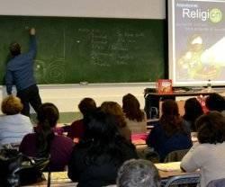 La clase de religión confesional es lo que piden las familias y no se puede sustituir por una cultura religiosa genérica