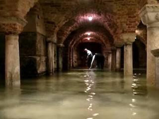 Venecia: el agua inunda San Marcos - Religión en Libertad