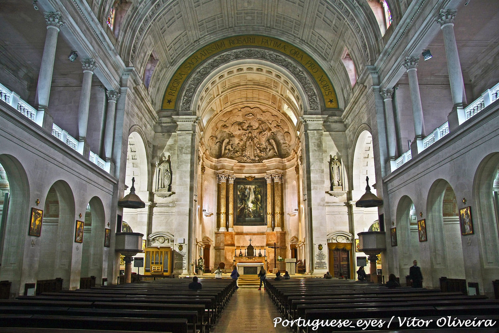 Interior Basílica de Nuestra Señora del Rosario.