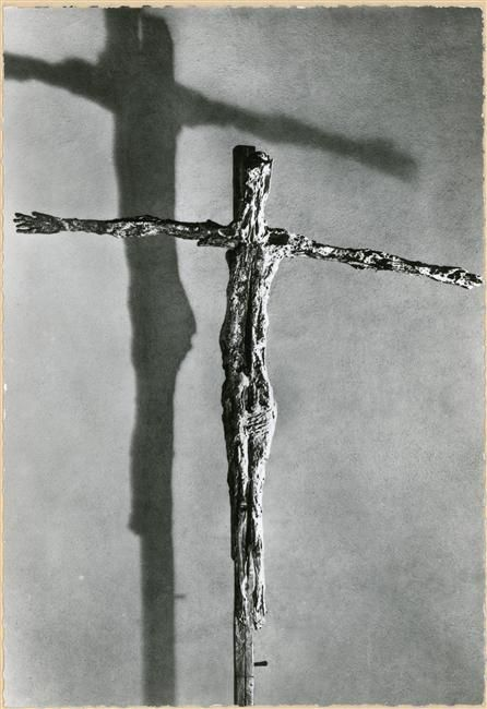Crucifijo (1950) de Germaine Richier