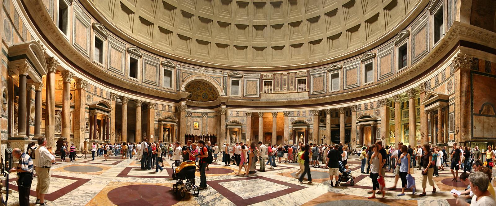 Panoramica interior del Panteón de Roma