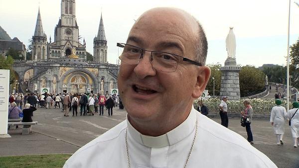 El sacerdote Alain-Marie Ratti