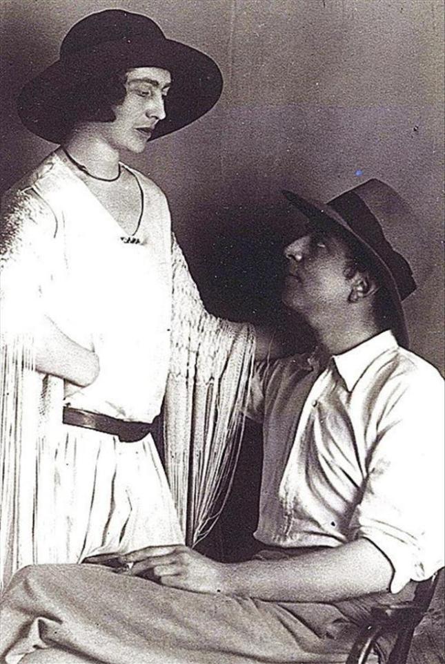 Mary Garman y Roy Campbell.