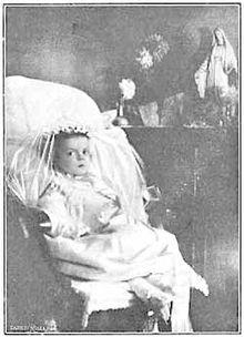 La pequeña irlandesa Ellen Organ